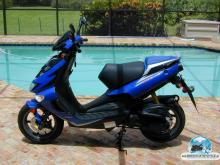 APRILIA SR DI-TECH blue