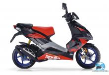 Aprilia SR 50 R Factory black